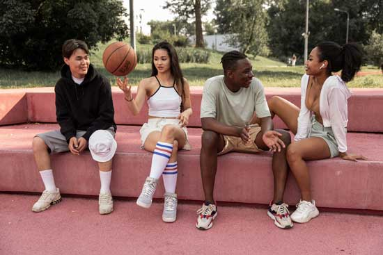 what are the physical benefits of playing basketball